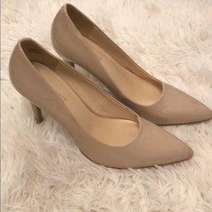 Nine West nude heels size 7